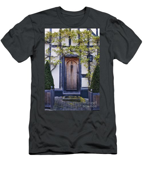 New Photographic Art Print For Sale Doorway 2 In Medieval Lavenham Men's T-Shirt (Athletic Fit)