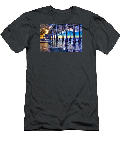 Newport Beach Pier - Low Tide Men's T-Shirt (Athletic Fit)