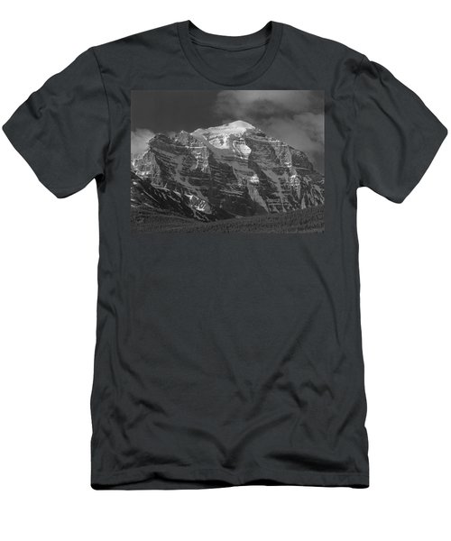 203553-north Face Mt. Temple Bw Men's T-Shirt (Athletic Fit)