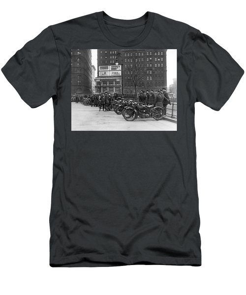 Ny Motorcycle Police Men's T-Shirt (Athletic Fit)