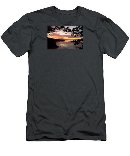 Ocean Sunset Deception Pass Men's T-Shirt (Athletic Fit)