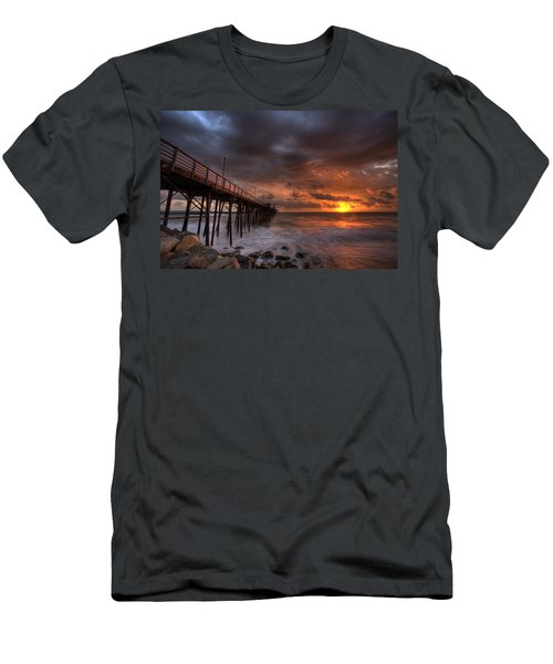 Oceanside Pier Perfect Sunset Men's T-Shirt (Athletic Fit)