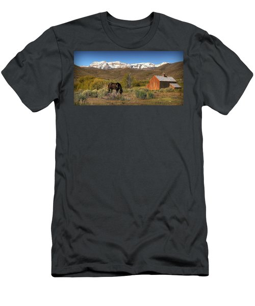 Ol Tates Barn Men's T-Shirt (Athletic Fit)