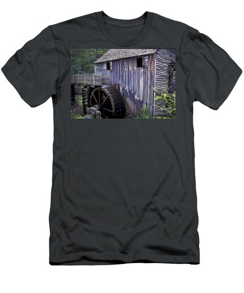 Old Cades Cove Mill Men's T-Shirt (Athletic Fit)