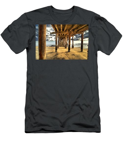 Old Pillar Point Pier Men's T-Shirt (Athletic Fit)