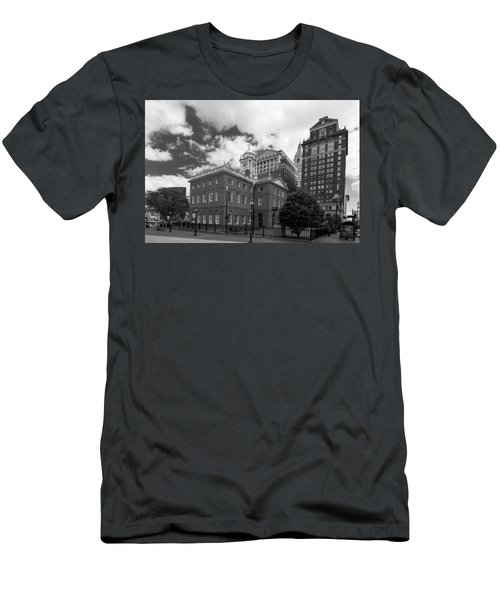 Old State House 15568b Men's T-Shirt (Slim Fit) by Guy Whiteley