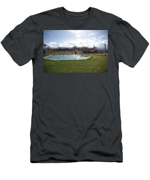 Out Of Africa  Tiger Splash 5 Men's T-Shirt (Athletic Fit)