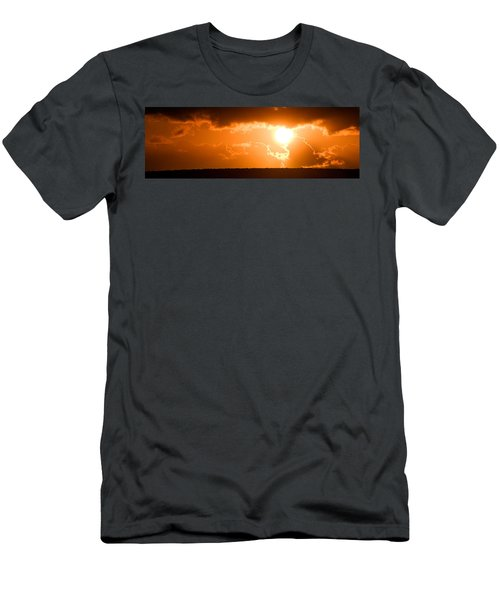 Panoramic Photo Of Sunset At Monkey Mia  Men's T-Shirt (Athletic Fit)