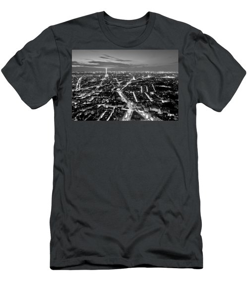 Paris Cityscape At Night / Paris Men's T-Shirt (Athletic Fit)