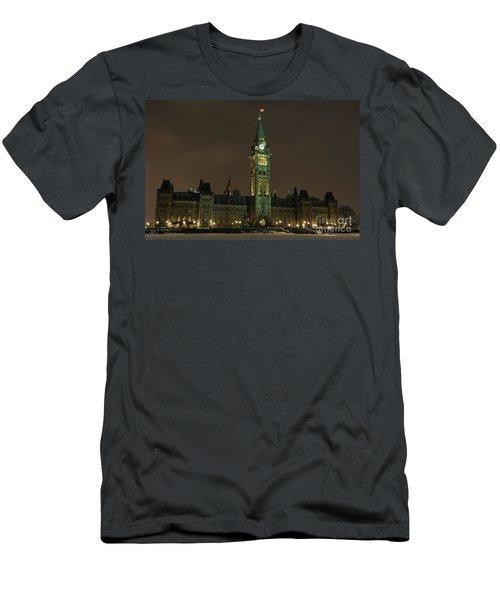Parliament Hill Men's T-Shirt (Athletic Fit)