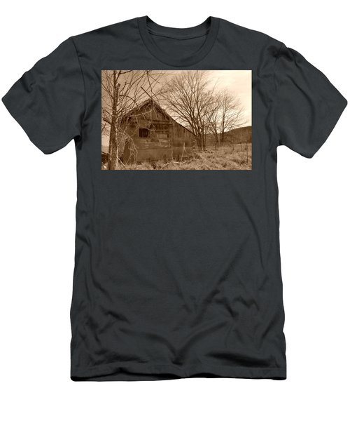 Patchwork Barn Men's T-Shirt (Athletic Fit)