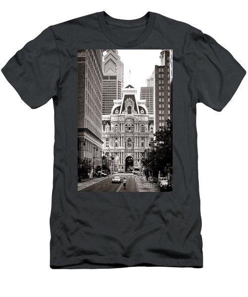 Philadelphia City Hall Men's T-Shirt (Athletic Fit)