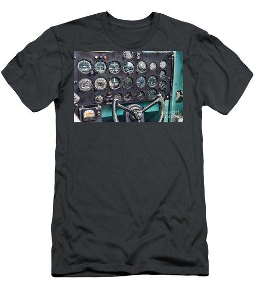 Plane The Cockpit Men's T-Shirt (Athletic Fit)