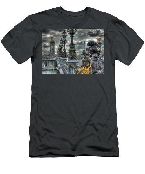 Pont Alexandre IIi  Men's T-Shirt (Athletic Fit)