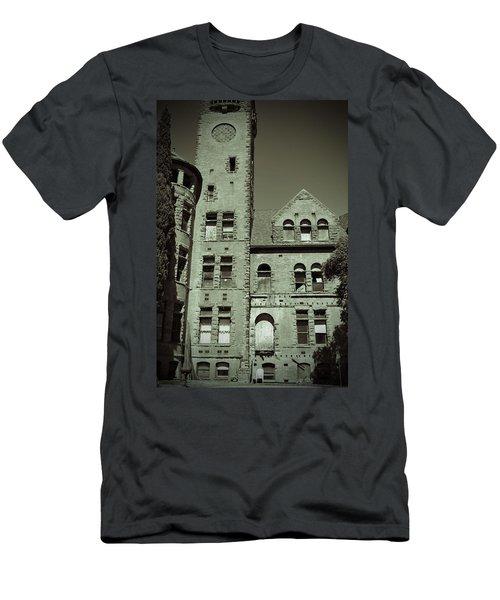 Preston Castle Tower Men's T-Shirt (Athletic Fit)
