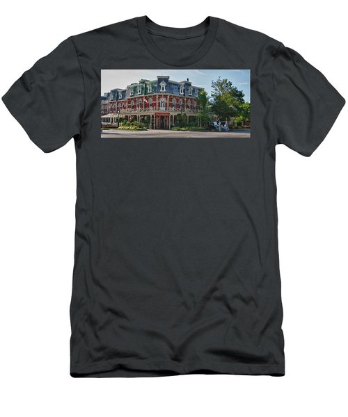 Prince Of Wales Hotel 9000 Men's T-Shirt (Slim Fit) by Guy Whiteley