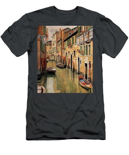 Punte Rosse A Venezia Men's T-Shirt (Athletic Fit)