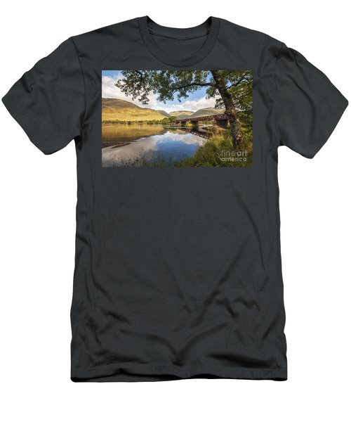 Railway Viaduct Over River Orchy Men's T-Shirt (Athletic Fit)