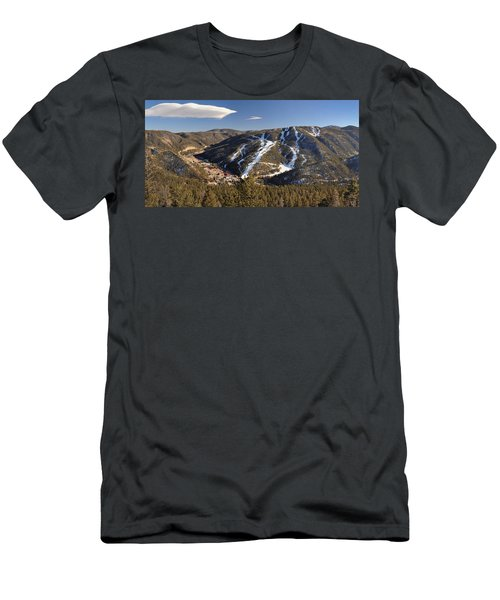 Red River In Spring Men's T-Shirt (Athletic Fit)