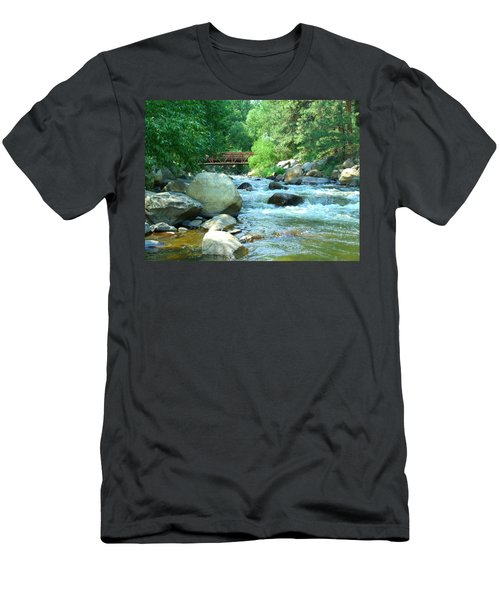 Remembering Men's T-Shirt (Athletic Fit)