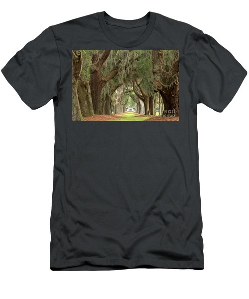 Retreat Avenue Of The Oaks Men's T-Shirt (Athletic Fit)