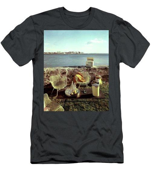 Retro Outdoor Furniture Men's T-Shirt (Athletic Fit)