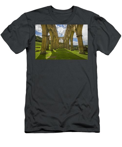 Rievaulx Abbey Men's T-Shirt (Athletic Fit)