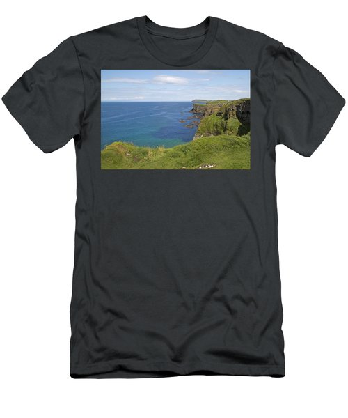 Road To Dunluce Ireland Men's T-Shirt (Athletic Fit)