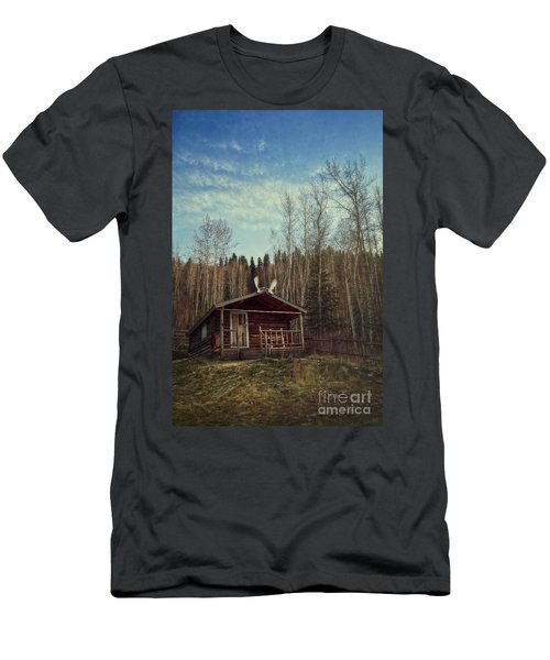 Robert Service Cabin Men's T-Shirt (Athletic Fit)