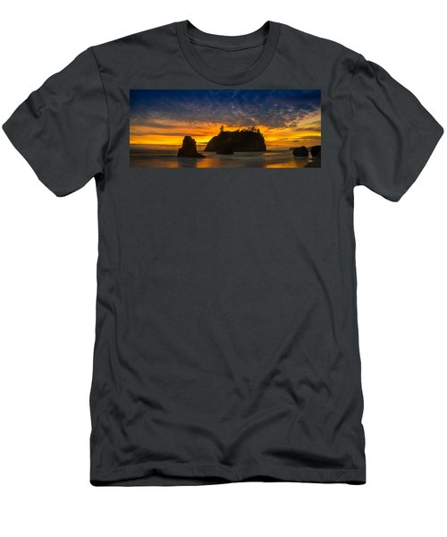 Ruby Beach Olympic National Park Men's T-Shirt (Athletic Fit)