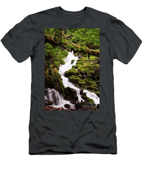 Running Wild Men's T-Shirt (Athletic Fit)