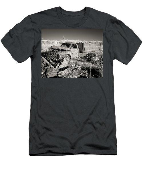 Runs Good   Needs Work Men's T-Shirt (Athletic Fit)