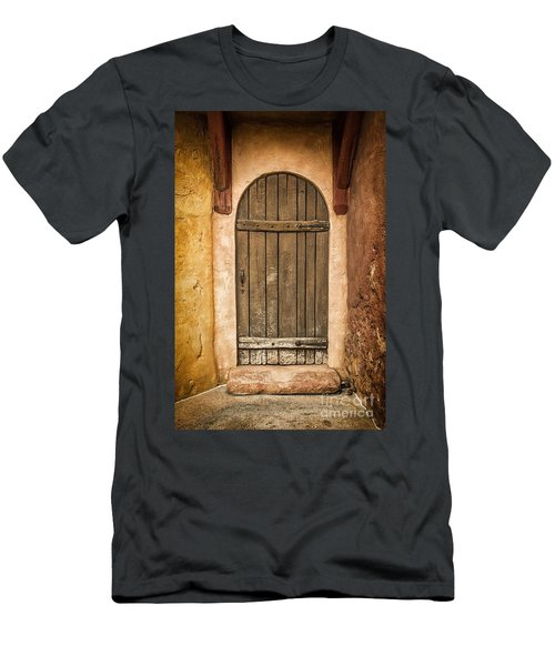Rural Arch Door Men's T-Shirt (Athletic Fit)