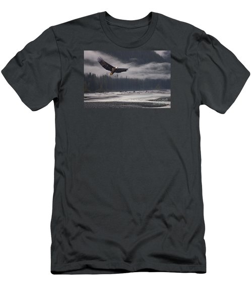 Salmon River Mist Men's T-Shirt (Athletic Fit)