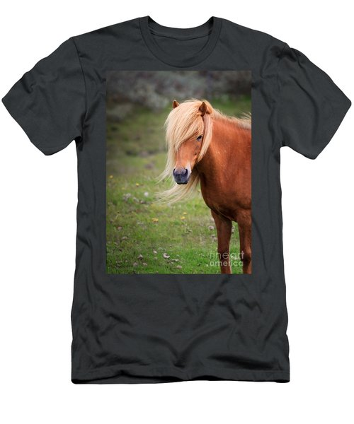 Salon Perfect Pony Men's T-Shirt (Athletic Fit)