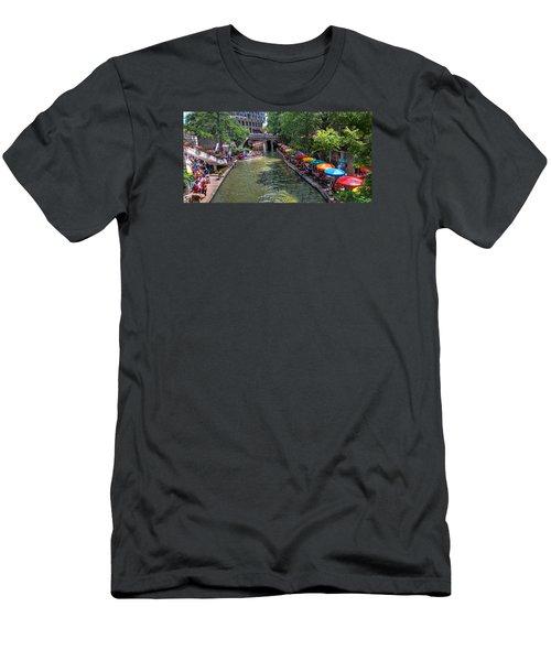 San Antonio Riverwalk Men's T-Shirt (Athletic Fit)