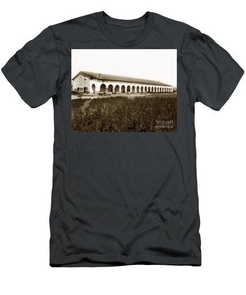 San Fernando Mission Circa 1900 Men's T-Shirt (Athletic Fit)