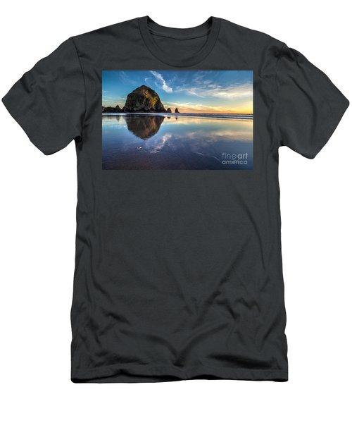 Sand Dollar Sunset Repose Men's T-Shirt (Athletic Fit)