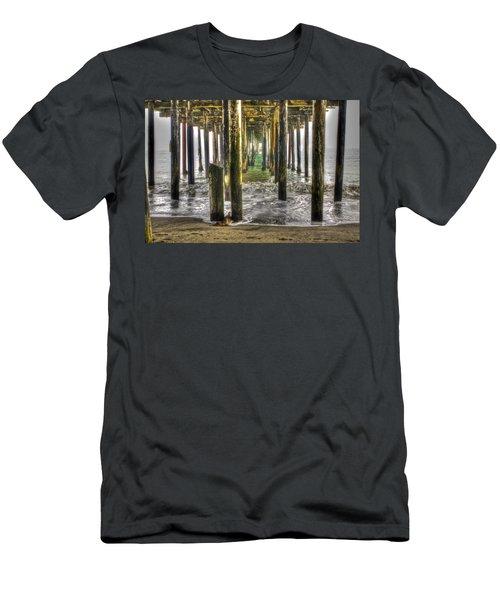 Seacliff Pier Men's T-Shirt (Athletic Fit)