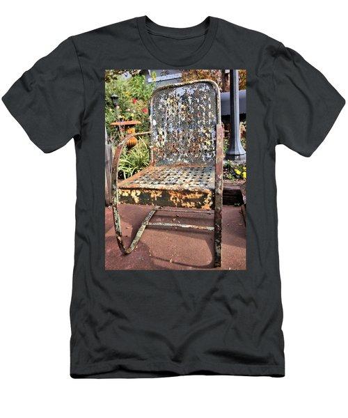 Shedding Men's T-Shirt (Slim Fit) by Gordon Elwell