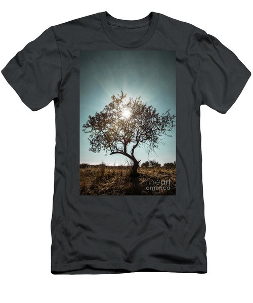 Single Tree Men's T-Shirt (Athletic Fit)