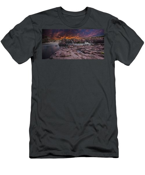 Sioux Falls Men's T-Shirt (Athletic Fit)