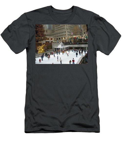 Skating In Rockefeller Center Men's T-Shirt (Athletic Fit)