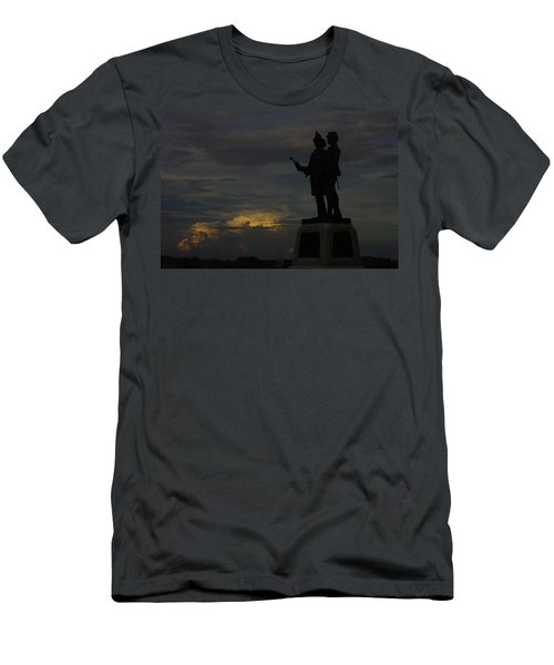 Sky Fire - 73rd Ny Infantry 4th Excelsior 2nd Fire Zouaves - Summer Evening Thunderstorms Gettysburg Men's T-Shirt (Athletic Fit)