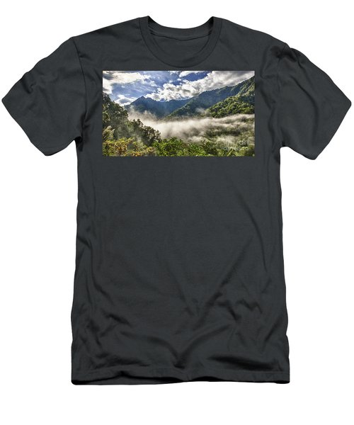 Smoky Mountain Chimney Tops Men's T-Shirt (Athletic Fit)