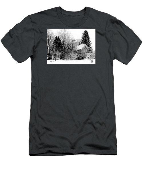 Da196 Snow House By Daniel Adams Men's T-Shirt (Athletic Fit)