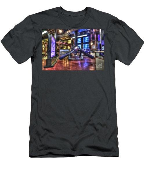 Spirit Of St.louis Engine Men's T-Shirt (Athletic Fit)