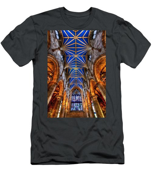 St Giles Cathedral Edinburgh Men's T-Shirt (Athletic Fit)