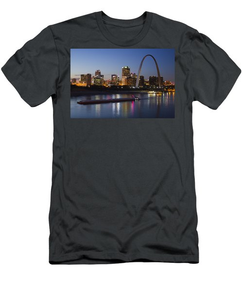St Louis Skyline With Barges Men's T-Shirt (Athletic Fit)