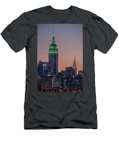 St Patrick's Day Postcard Men's T-Shirt (Athletic Fit)